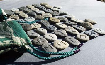 Magia - Oráculo das runas nórdicas - Futhark
