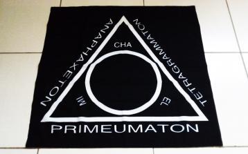 Produtos - Tapete triângulo de Goétia